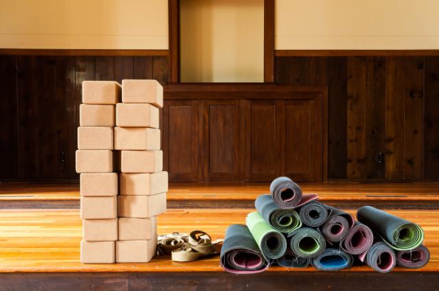 zero waste yoga bolster